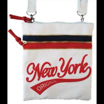 Női útlevél táska New York feliratos John- A