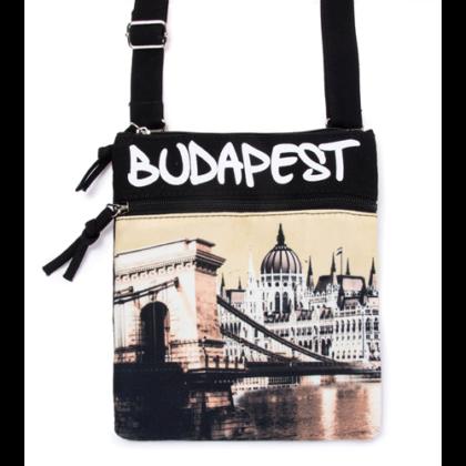 Útlevél táska Budapes feliratos és fényképes Benett-B